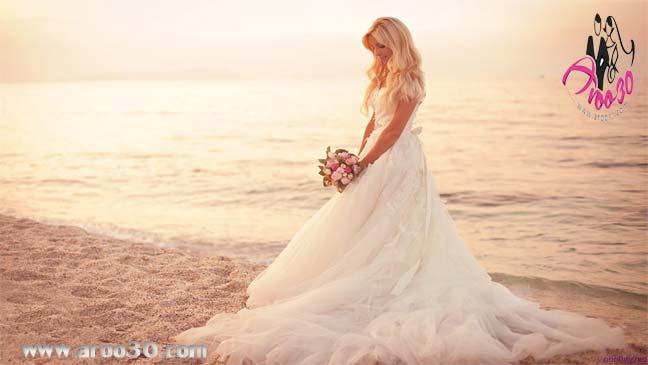 عروس زیبا و خوش اندام در عروسی